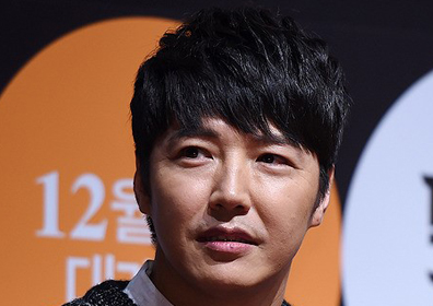 """윤상현, 가수 메이비와 결혼 전제 열애…""""상견례도 진행"""""""
