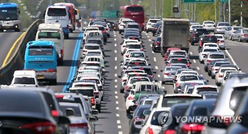 고속도로 상행선 정체 늘어…오후 9∼10시 해소
