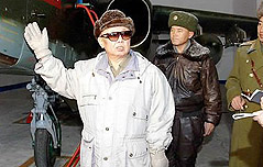 北, 김정일 사망 직후 <br>軍간부 표정까지 사찰