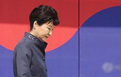 `VIP예우 어디까지`…<br> 헌재, 朴 출석 고심중