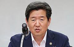윤학배 해수부 차관 <br>세월호 객실 절단 고려