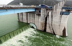 낙동강 보 개방 방침 <br>…환경단체 `환영`