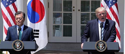"""[단독] `韓, 발표직전 통보`에 뿔난 美 """"개성공단 재개 안돼"""""""