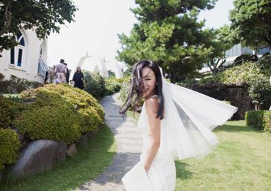 이지혜, 결혼식 축의금 전액 기부…백지영X유재환 축가