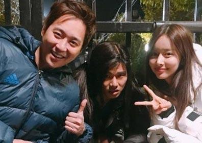 """'고백부부' 이이경, 폭소 유발 촬영장 공개…""""재우야.."""