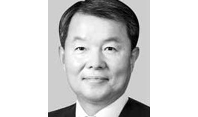 文, 헌재소장 후보로 이진성 지명