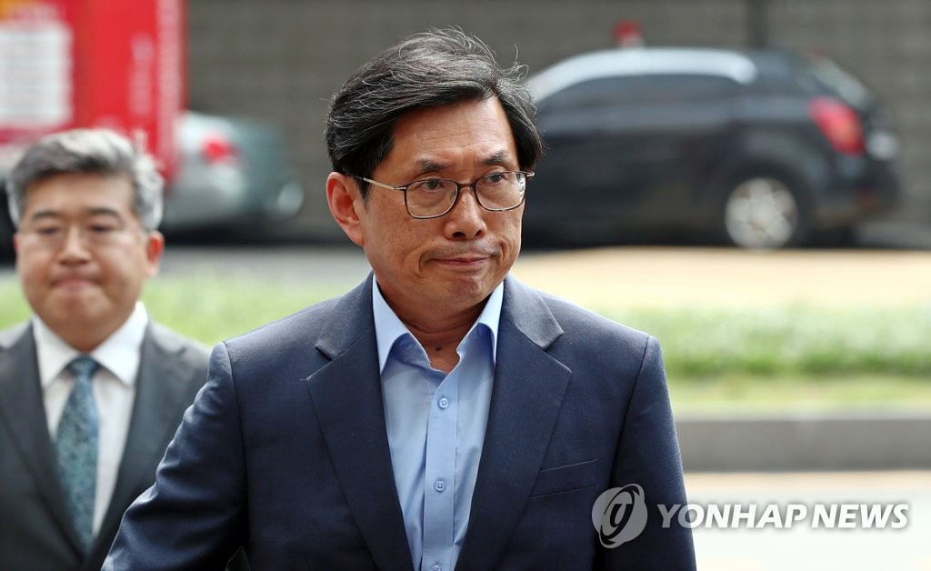 """[정책] 박상기 법무 """"사형제 폐지, 법체계·여론 등 고려해 검토"""""""