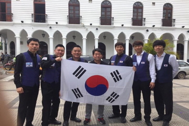 """""""허정한 형 판정논란, 정전 못잊을 세계3쿠션대회"""""""