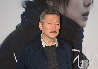 홍상수 감독, 첫 이혼 재판 불참석…내년 1월9일 변론기일