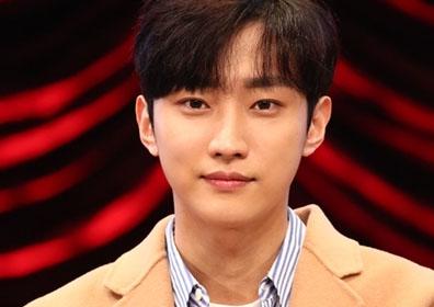 """B1A4 진영, 日 첫 개인 팬미팅 성료…""""든든하고 힘났다.."""