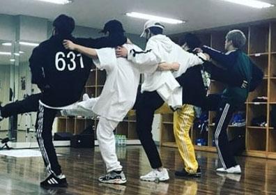 H.O.T. 토니안, '무한도전 토토가3' 공연 연습 사진 ..