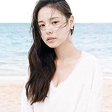 민효린, 청초한 모습의 품절녀