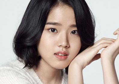 """김향기, 나무엑터스와 8년째 재계약…""""깊은 신뢰 바탕.."""
