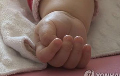 4개월 子 입막아 죽인<br> 엄마 징역5년 구형