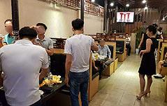 베트남내 북한식당<br> 때이른 남북화해 무드