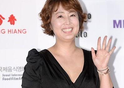 """홍신애 이혜승, 2년 법정공방 마무리…法 """"3만원 지급.."""