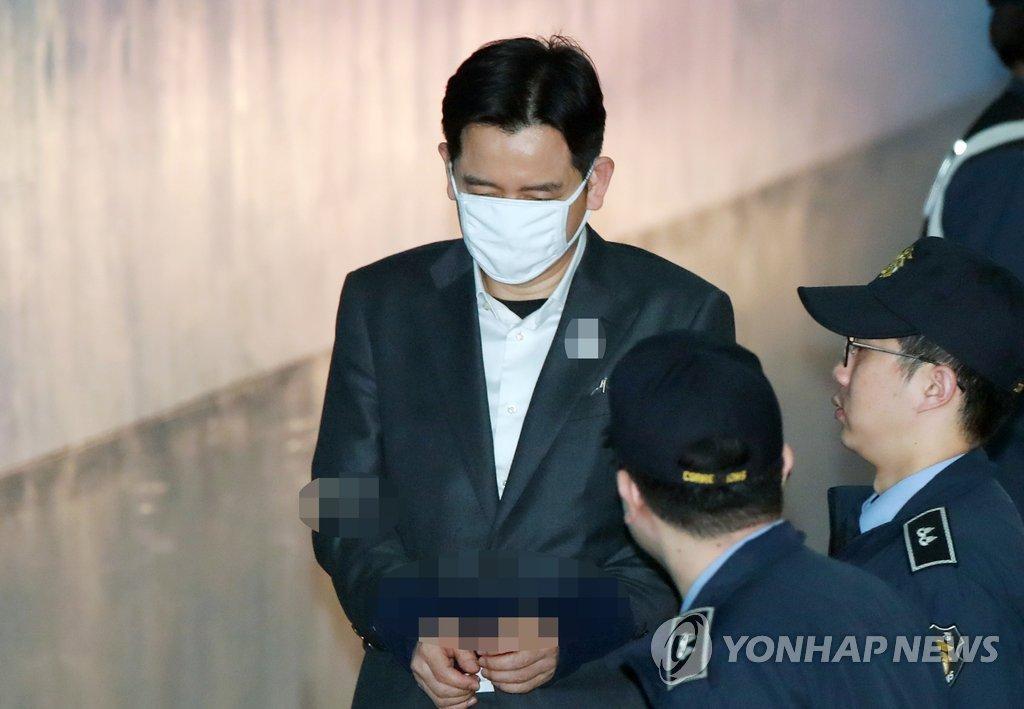[판결] '수십억대 탈세' 최인호 변호사, 1심서 집행유예