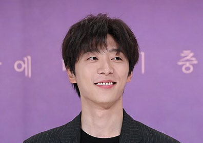 """신현수 긴급수술 """"병원서 기흉 진단…'열두밤' 촬영 취소""""(공식입장 전문)"""
