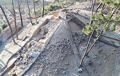 김해서 가야시대 봉분 있는 토광묘 확인