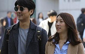 """이필모♥서수연, 캠퍼스<br> 데이트 """"오빠 CC해봤어요?"""""""