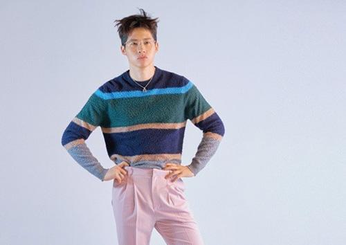 """B1A4 신우, 軍 입대 전 마지막 화보…""""스타일리시 끝판왕""""(화보)"""