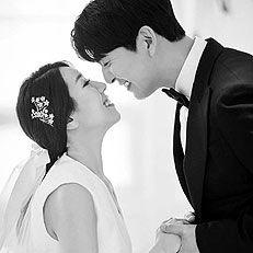 이필모♥서수연, 웨딩화보 공개