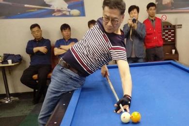 모교 '고교동창 당구대회'16강 이끈 대구연맹 회장
