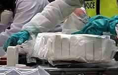 쾌속정으로 운반하던 코카인 630㎏ 적발
