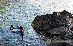 승용차 바다에 추락 새내기대학생 5명 숨져