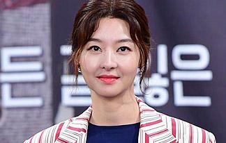 """송선미 """"장자연과 친분 無,<br> 김종승·유장호 입열어야"""" 이미지"""