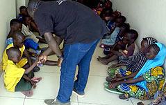 인터폴 인신매매 조직서 어린이 157명 구출