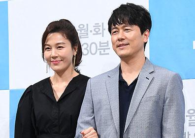 """""""멜로 장인의 조합""""…'바람이 분다' 감우성X김하늘의 단짠 멜로(종합)"""