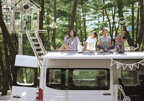 이효리→성유리 '캠핑클럽', 핑클 완전체 포스터 첫 ..