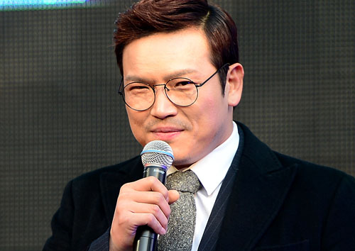 "MC 딩동 심경고백…폭행 피소 논란 후 ""사람이 두렵다"" [M+★SNS]"