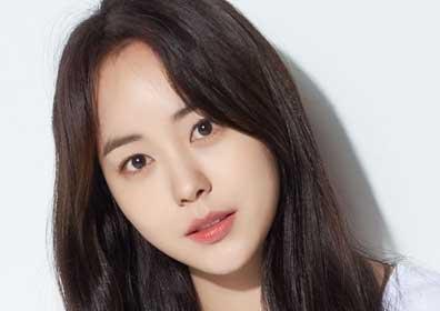 유예빈, 영화 '경호원' 여주 캐스팅 확정…내년 개봉