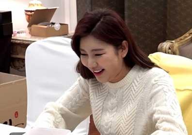 송가인, 까치 매니저표 3단 도시락에 깜짝(전참시)