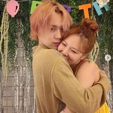 현아, ♥이던과 러브 생일파티