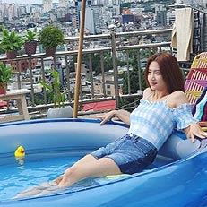 배우 박주현, 늘씬 각선미 자랑