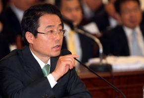 [S. Korea needs to facilitate soft-landing of household debts: FSS Governor] ����� ���� �̹���