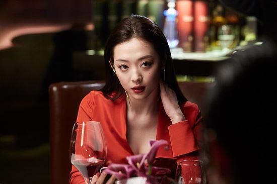 [MK초점]우려가 현실로…결국 김수현 아닌 설리의 '리얼' 노출 영화되나