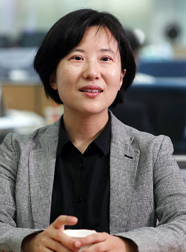 Sooinn Lee, the CEO and founder of Enuma