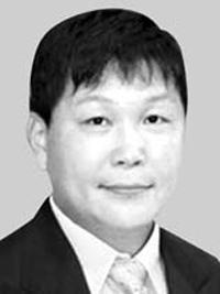 [판결] 레인지로버 부장판사 뇌물은 무죄