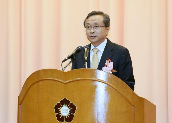 """유남석 헌법재판관 """"다수결 지배 사회에서 헌재가 소수자·약자의 안전망 되도록 할 것"""""""