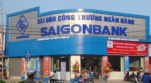 The Bank for Foreign Trade of Việt Nam (Vietcombank) on Monday was estimated to receive VNĐ342.6 billion (US$15.2 million) from selling its entire stakes in the Saigon Bank for Industry and Trade (SaigonBank) and Việt Nam Cement Finance Company (CFC).