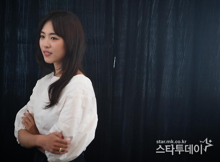 """이연희 """"연기력 칭찬 얼떨떨…난 아직 50점짜리 배우"""""""