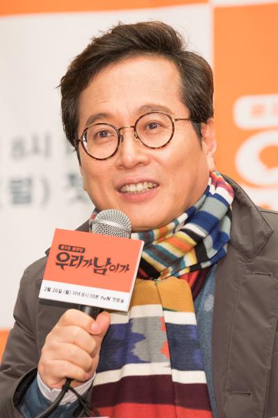 """황교익, 故 김종필 전 총리 비판 """"총으로 권력 찬탈, 애도 말라"""""""