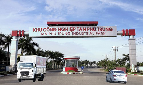 Tân Phú Trung Industrial Park in HCM City's Củ Chi District. With Việt Nam as a magnet for FDI in industry, the industrial real estate sector is poised for rapid growth. [Photo Hepza.gov.vn]