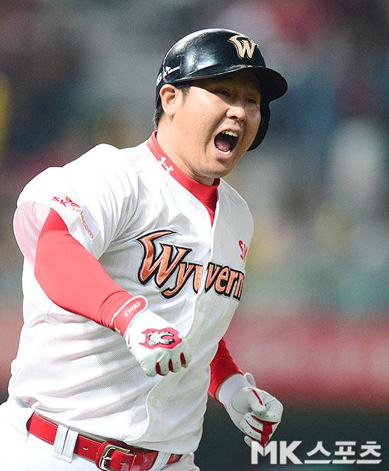 홈런으로 시작, 홈런으로 균형, 홈런으로 결정…SK가 연패를 탈출하는 법