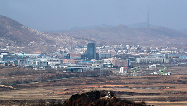 S. Korea OKs deals with North