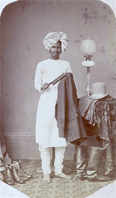 1890년대에 촬영한 인도 평민의 일상 복장. 흰 색 쿠르타 /사진=위키피디아